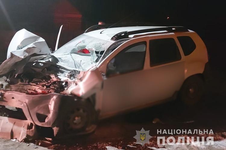 ДТП на Тернопільщині: зіткнулися позашляховик та великогабаритна сільгосптехніка, є потерпілі (ФОТО)