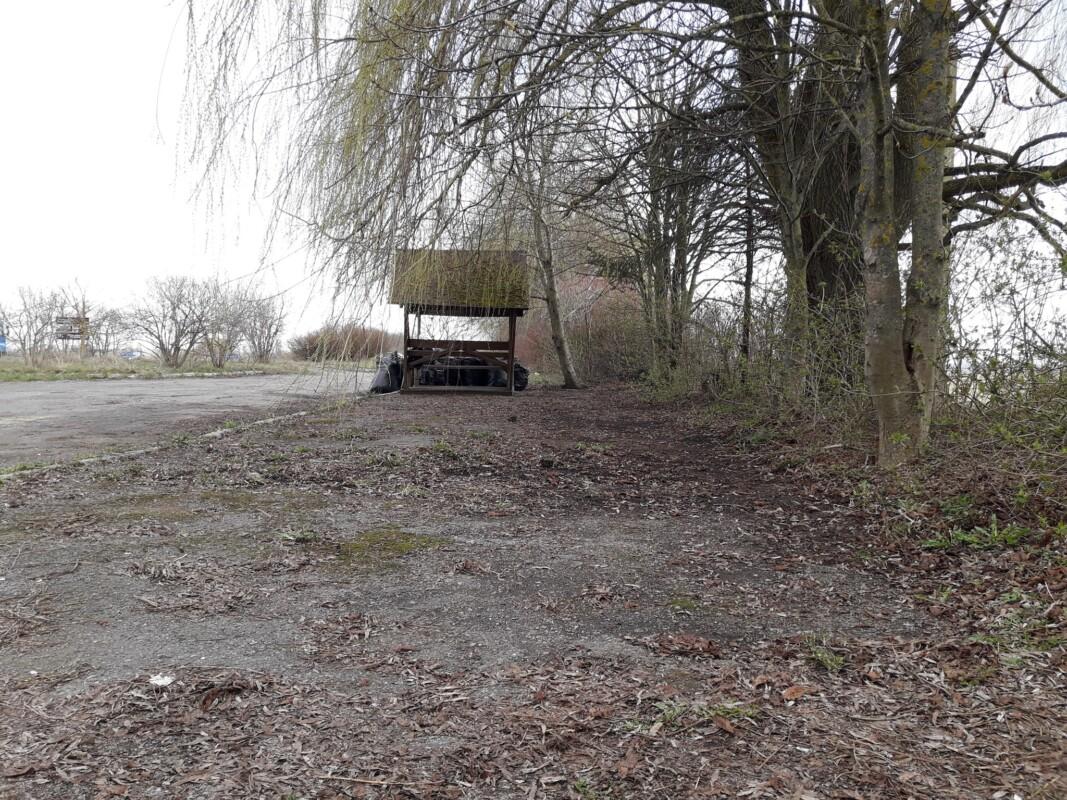 За козацькою могилою на Тернопільщині зробили громадський туалет (ФОТО)