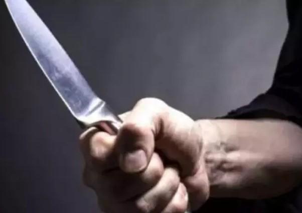 Сімейні розбірки на Тернопільщині: дружина попросила ключі – чоловік ударив її ножем