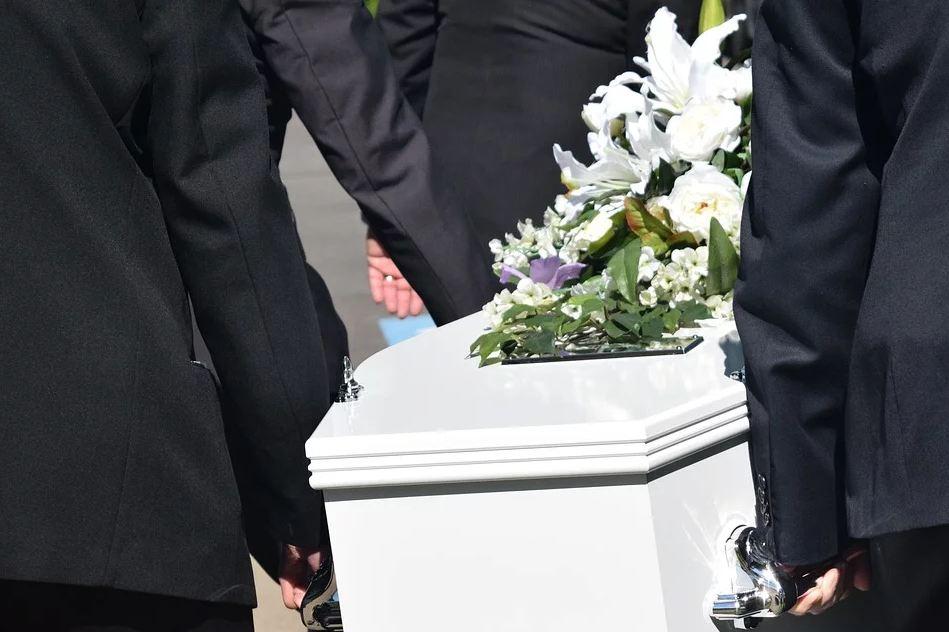 Смертність в Україні зросла в лютому майже на 10%