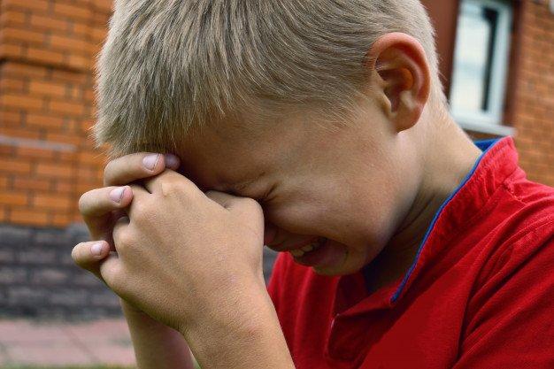 Переломи, забої: у Тернополі за нез'ясованих обставин сильно травмувалась дитина