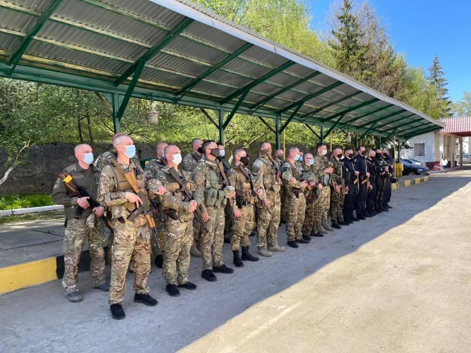 Бійці батальйону «Тернопіль» та працівники патрульної поліції відбули на чергову ротацію в зону ООС