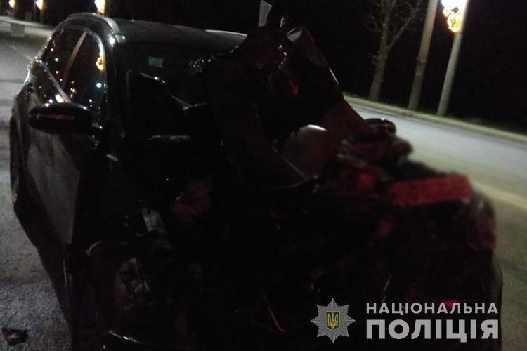 ДТП на Тернопільщині: зіткнулися KIA Sportage та вантажний автомобіль для прибирання асфальту STEO