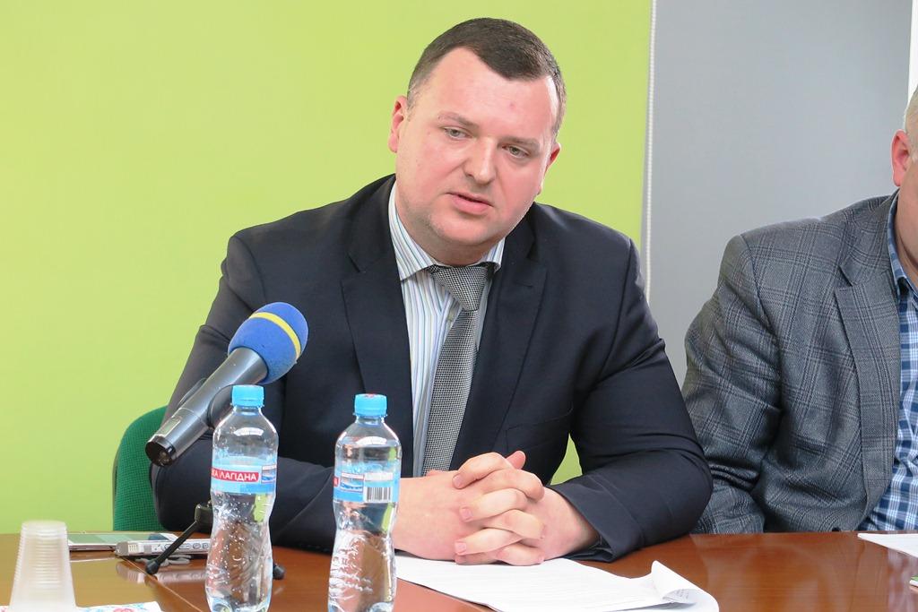 Голова Тернопільського окружного адміністративного суду Петро Баб'юк отримує майже 100 тисяч зарплати на місяць