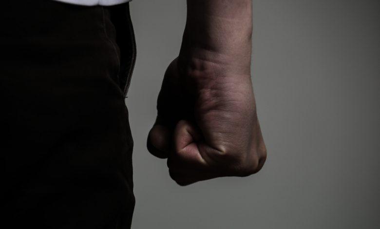 Зломали носа: у Тернополі побили 26-річного чоловіка