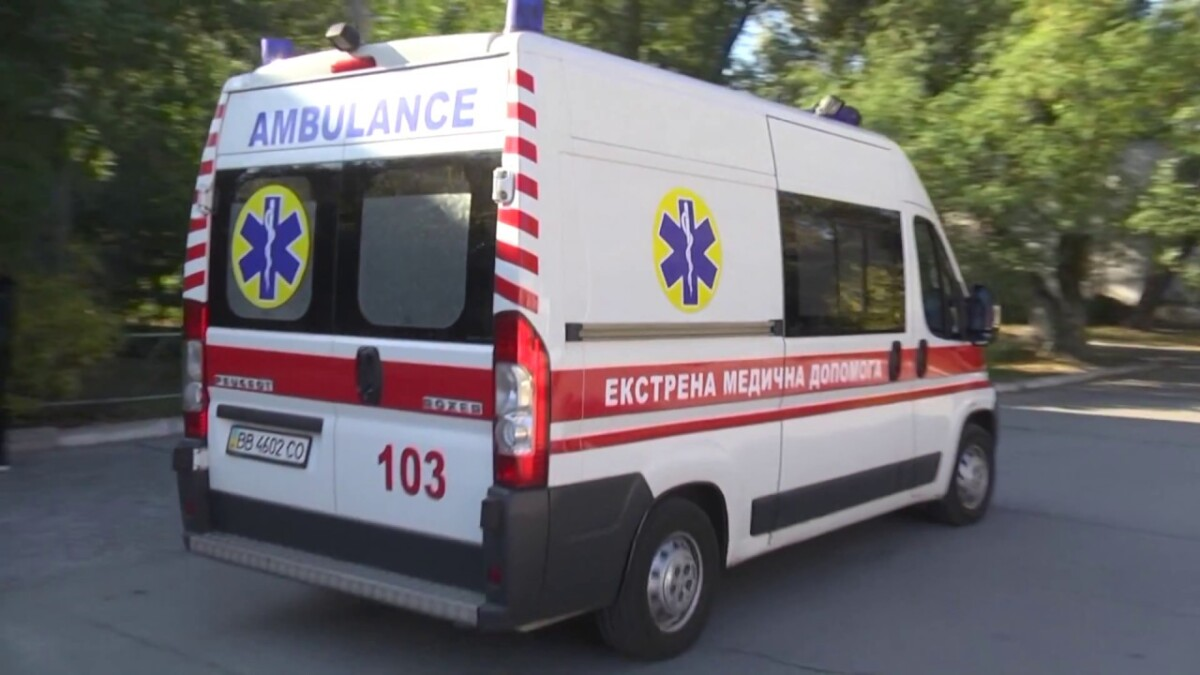 Автомобіль перекинувся: на Тернопільщині у ДТП важко травмувались хлопець з дівчиною