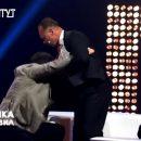 """Екс-нардеп Олег Барна побився в прямому ефірі на телеканалі """"Правда Тут"""""""
