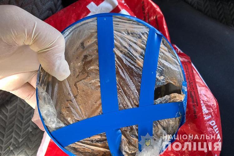 Виготовляли та збували амфетамін: росіянин у Тернополі організув нарколабораторю (ФОТО)