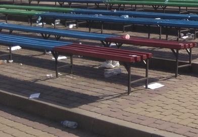 """""""То дохтори такі свині?"""", – у Тернополі після святкування студентів медуніверситету """"Співучка"""" була уся в смітті (ФОТО)"""
