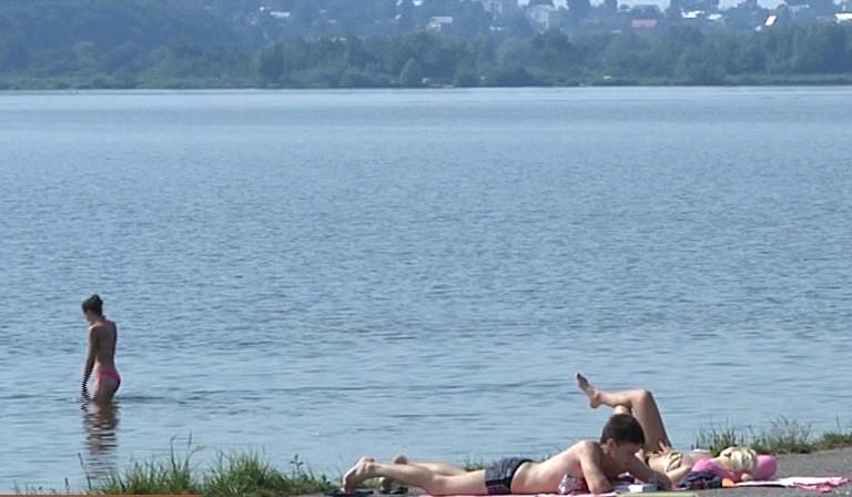 У Тернополі на ставі ледь не втопилася людина