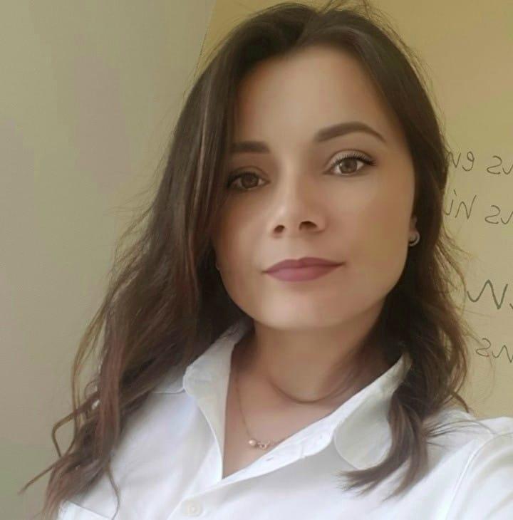 Друзі та знайомі прощаються із загиблою 28-річною медсестрою із Теребовлі (ФОТО)