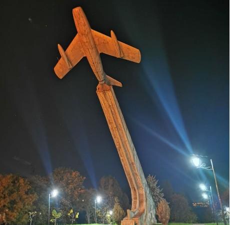 """У Тернополі готують проект реконструкції літака на """"Східному"""": уже уклали договір"""