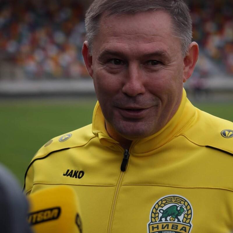 Нива продовжила контракт з головним тренером