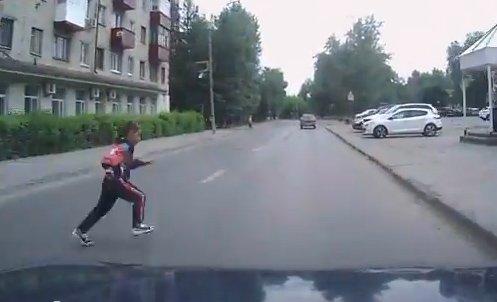 У Тернополі автомобіль збив 13-річну дівчинку