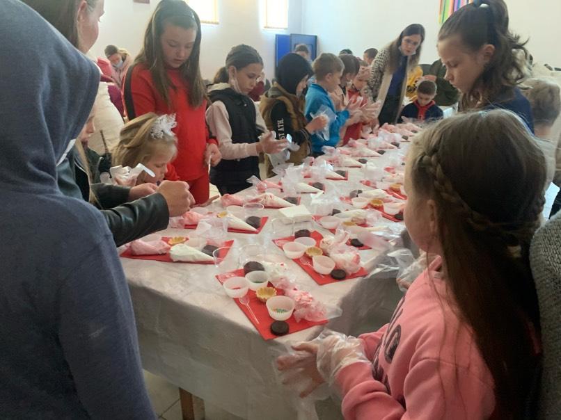 У Байковецькій громаді діти взяли участь у кондитерському майстер-класі (ВІДЕО)