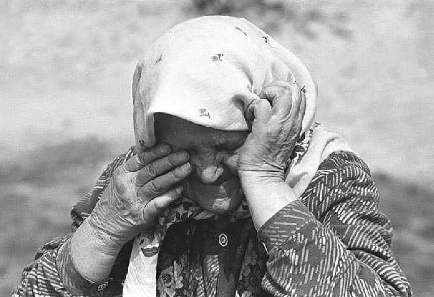 """""""Ударив кулачищем щосили у живіт"""": на Тернопільщині онук одним ударом зламав бабці п'ять ребер"""
