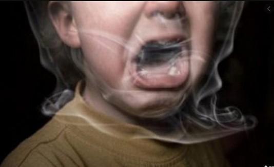 """""""Мама наділа пакет на голову і душила дитину"""": у Тернополі жінка хотіла убити свою 4-річну доньку"""