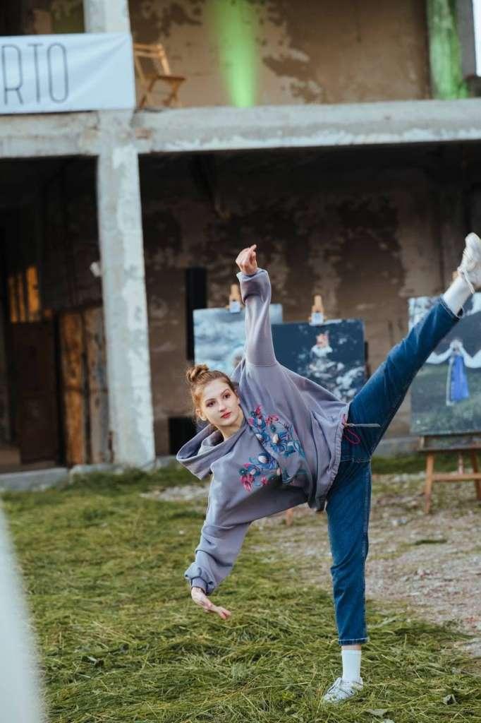 У Тернополі на недобудованій висотці організували екоперформанс (ФОТО)