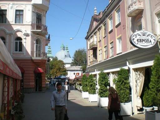 """Ресторану """"Європа"""" в Тернополі вже нема, а мама і чоловік померлої власниці досі ділять спадщину в суді"""