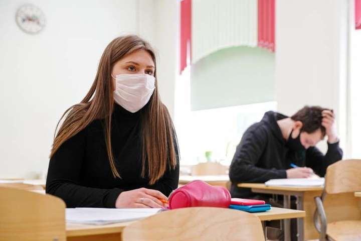 Третина абітурієнтів на Тернопільщині проігнорувала ЗНО