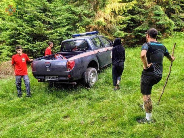 Були ознаки сонячного удару: у горах рятували тернополянку (ФОТО)