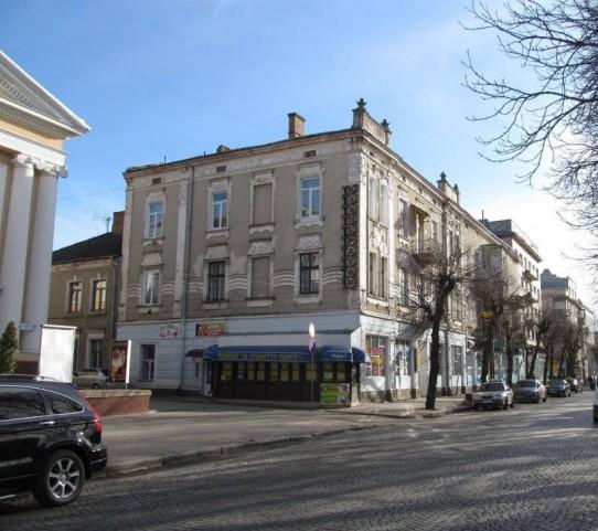 У Тернополі заборонили на свій лад ремонтувати фасади архітектурних об'єктів