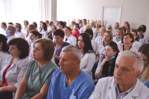 У Чортківській лікарні критична ситуація: звільнять 96 працівників