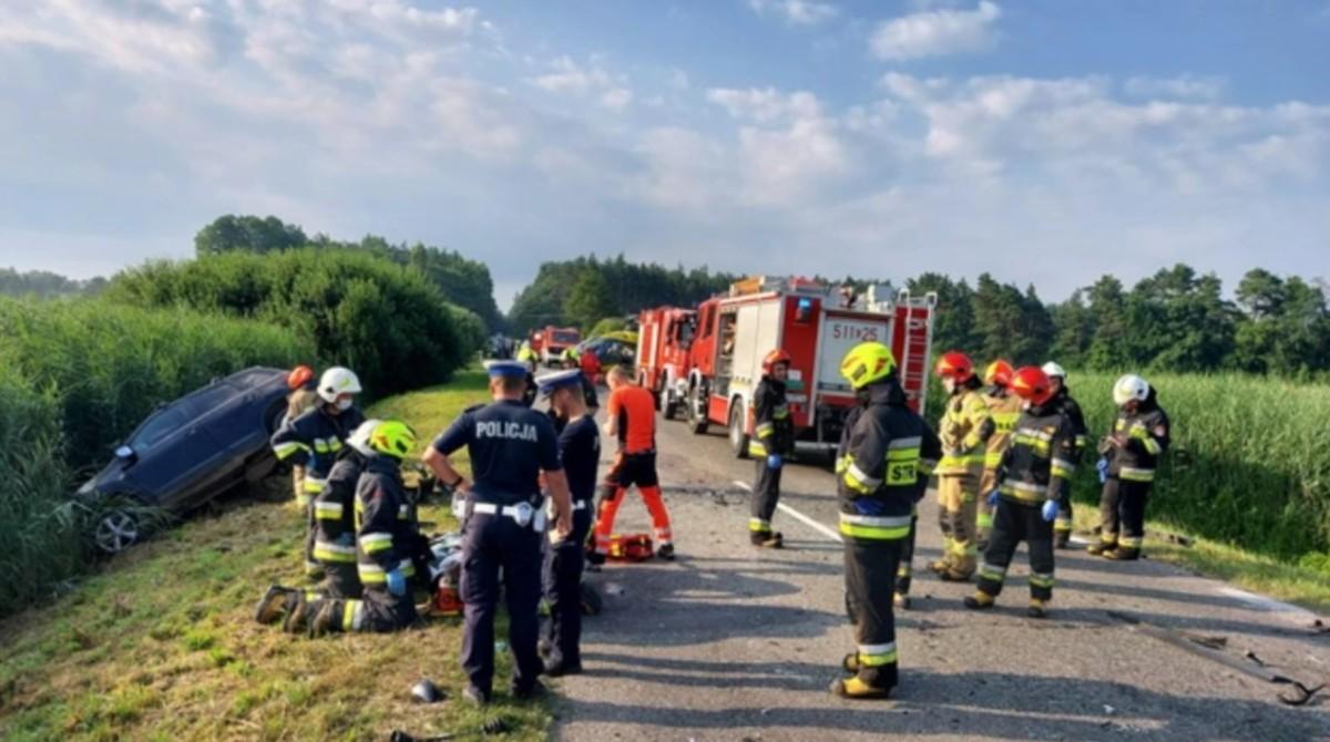 4 проміле алкоголю: у Польщі п'яна водійка влетіла в мікроавтобус з українцями, є загиблий і травмовані