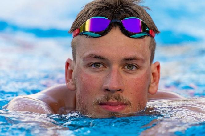 На Олімпіаді в Токіо український плавець Михайло Романчук здобув бронзову нагороду на дистанції 800 метрів
