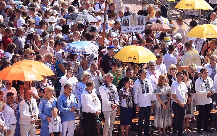 Тисячі прочан взяли участь у прощі в Зарваниці (ФОТО, ВІДЕО)