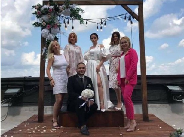 Унікальне місце, неповторний краєвид: у Тернополі реєструють шлюб понад хмарами (ФОТО)