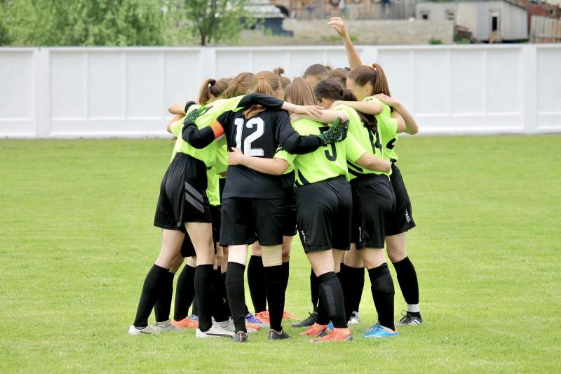 """Зіграють з """"Карпатами"""": тернопільська дівоча футбольна команда готується до сезону в першій лізі"""