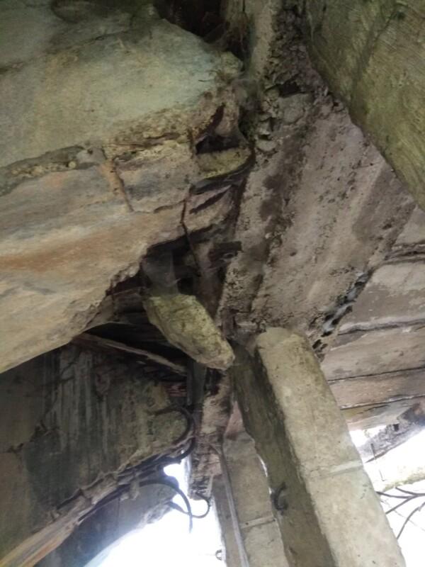 """""""Може статися біда"""": люди б'ють на сполох через жахливий стан мосту на Тернопільщині (ФОТОФАКТ)"""