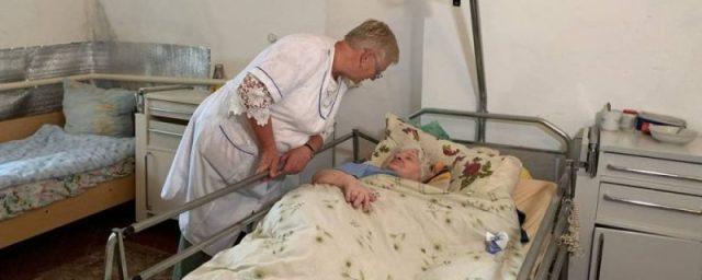 Літні люди залишаться на вулиці: у Мишковичах можуть закрити терапевтичне відділення (ФОТО)