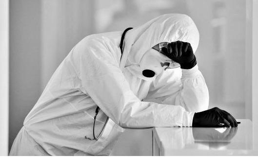 """Симптоми відрізняються: на Тернопільщині вперше підтвердили 52 випадки зараження штамом """"Дельта"""""""