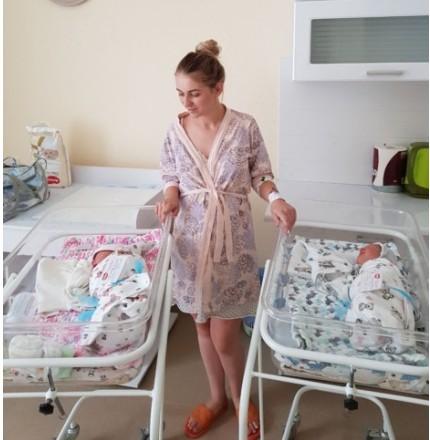 Кіра та Давид: у Тернополі у перинатальному центрі народилася двійня (ФОТО)