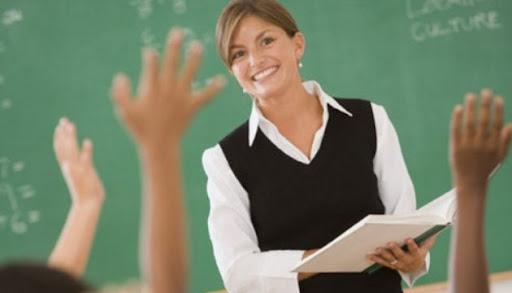 Невакцинованих вчителів у Тернополі зобов'яжуть щотижня здавати ПЛР-тест за свій рахунок