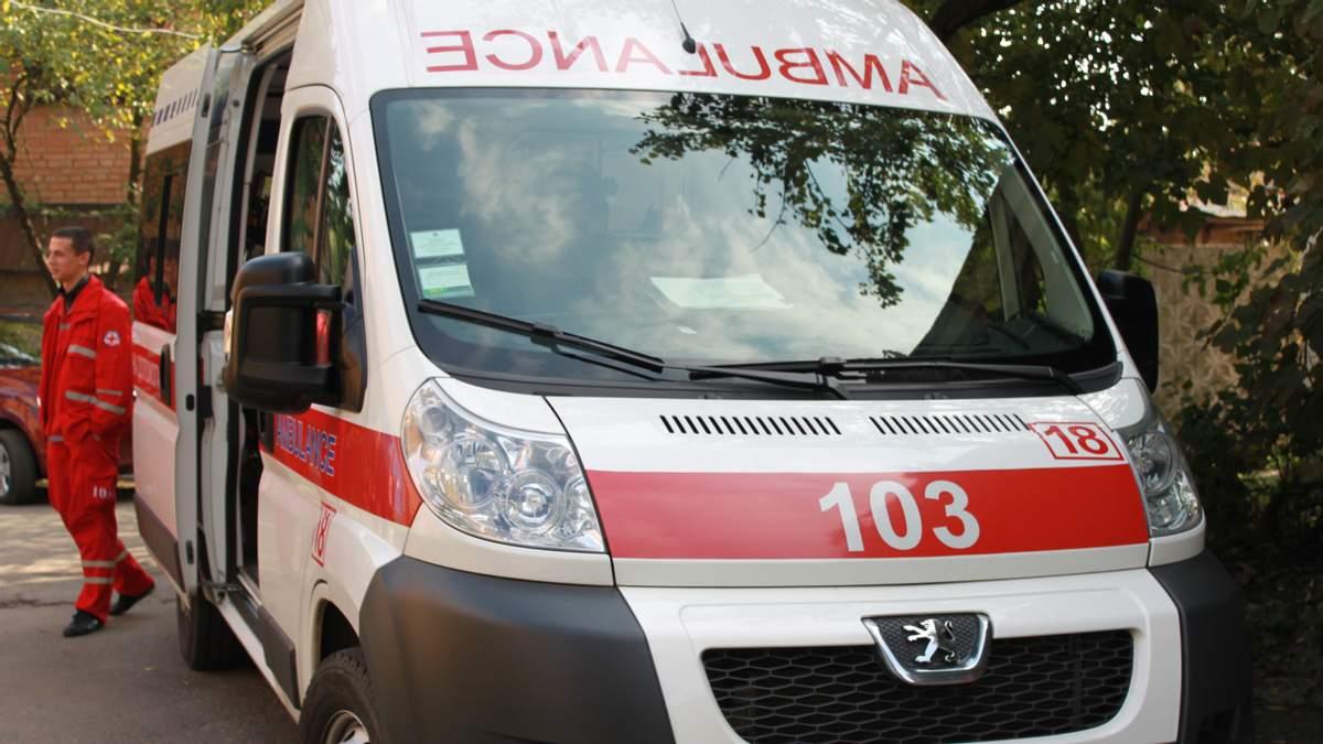 Кричущий випадок на Тернопільщині: хворого з інсультом везли у сусідню лікарню за 60 кілометрів