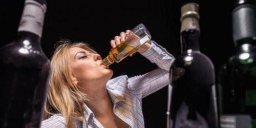 У Тернополі біля ринку важко травмувалась п'яна 31-річна жінка