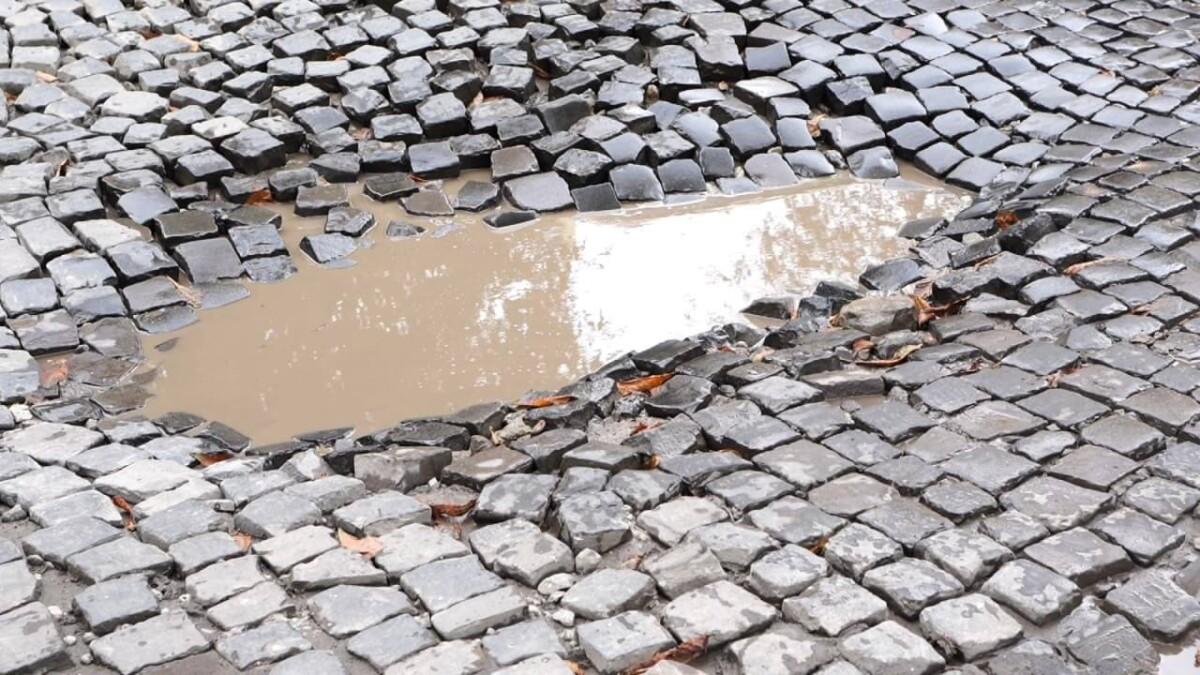 Біль княжої Теребовлі: люди скаржаться на погану дорогу і затори (ВІДЕО)