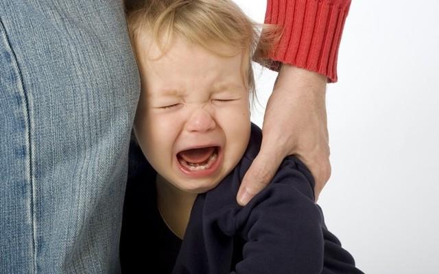 """""""Твоїй мамі нічого не треба, особливо ти"""": у дитячому садочку вихователька знущалась з дитини"""