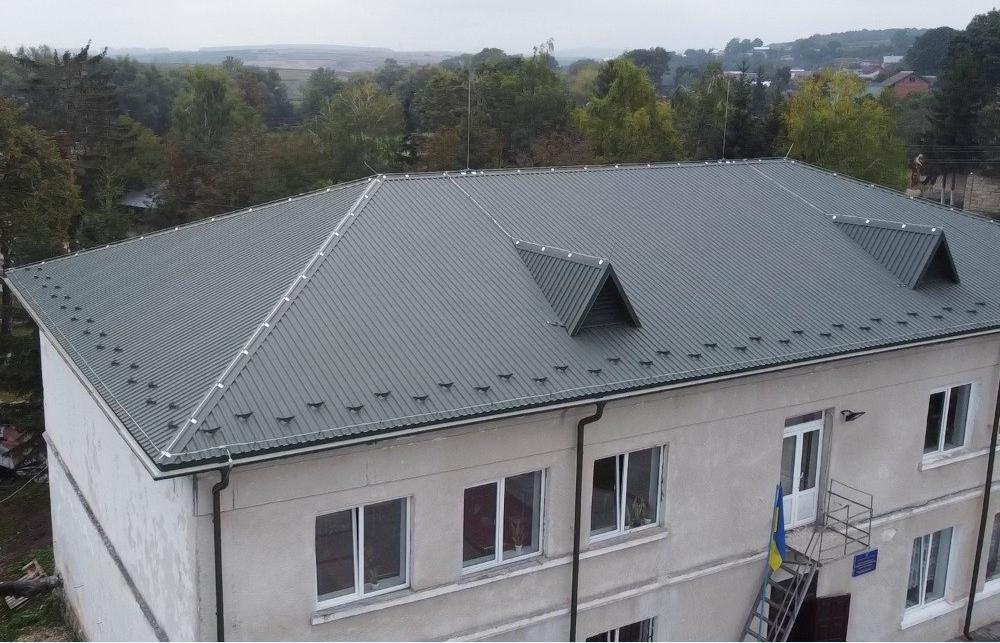 Сказано—зроблено: школа у Буцневі навчальний рік розпочала з новим дахом (ВІДЕО)