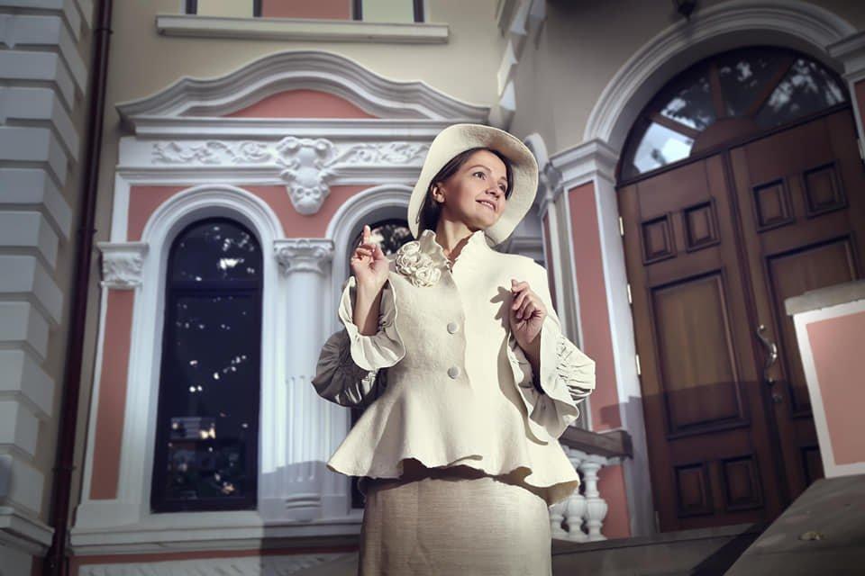 Тернополянка постала в образі жінки з минулого і викликала емоції користувачів Фейсбуку (ФОТО)