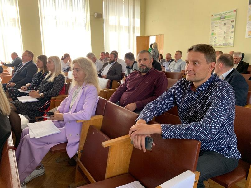 Сесія районної ради: Козівській громаді передали лікарню