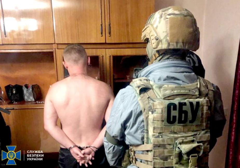 У Кременці затримали відомого кримінального авторитета з Росії (ВІДЕО)