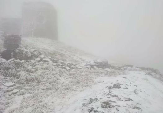 """""""Сніжно, але красиво"""": у Карпатах вдарив мороз (ФОТО)"""
