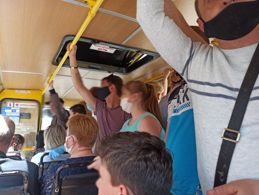 Нововведення: у Тернополі можна буде їздити маршрутками з пересадками без доплати