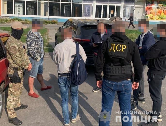 У Тернополі затримали 25-річного лікаря, який спалив магазини підприємця і вимагав 7 млн грн (ВІДЕО)