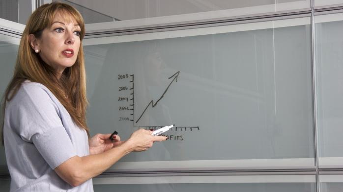 Зменшувати зарплату вчителям на дистанційному є незаконно, – тернопільський адвокат