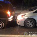 У Тернополі п'яна водійка вчинила ДТП: жінка хамила копам, матюкалася і розбила вікно в патрульному авто